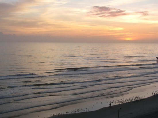 Hilton Daytona Beach / Ocean Walk Village: Sunset