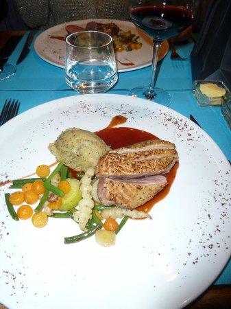 Le Dix-Huitieme : Canette aux petits légumes croquants et sa délicieuse purée de truffes