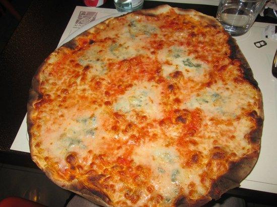 Ai Portici: Pizza con Zola
