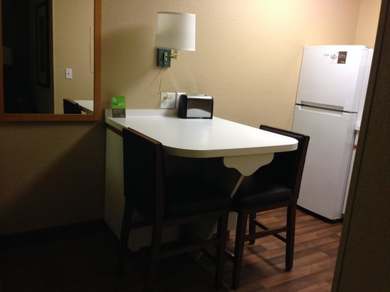 Extended Stay America - Portland - Tigard: Dinette