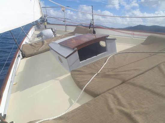 Yacht Nightwind : The bow and lounge mats for use on deck or in the water