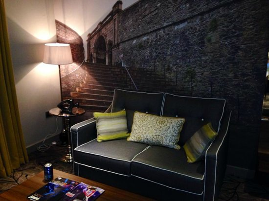 City Hotel : Bedroom