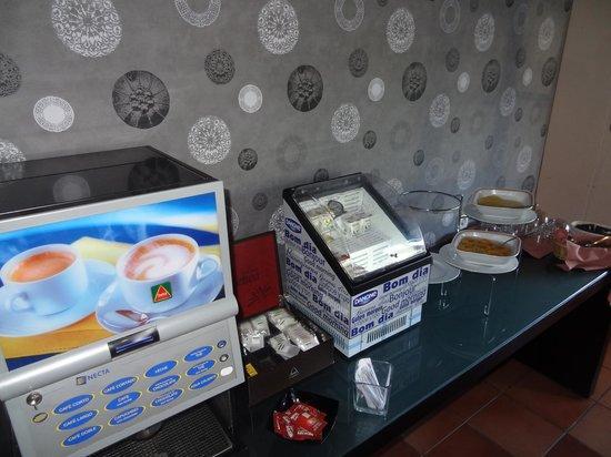 Hotel Caldas Internacional : Café com leite e iogutes