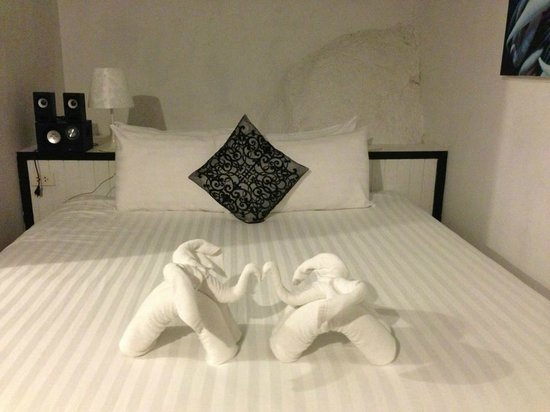 THE BAY Resort & Restaurant : The room