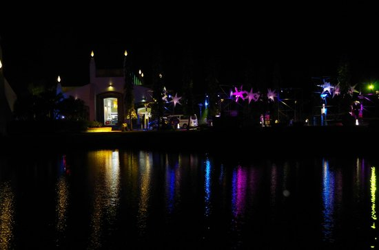 Night view of Dataran Lang