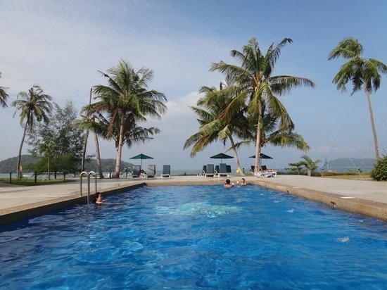 The Frangipani Langkawi Resort & Spa : Saltwater pool