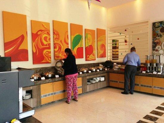Ibis Nashik : Buffet breakfast underway