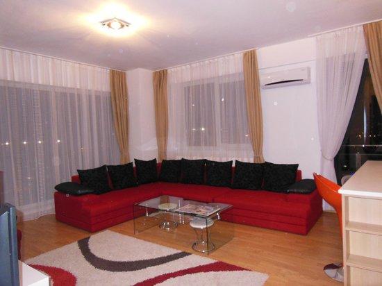 Red Hotel Accommodation: soggiorno