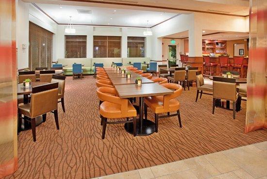 Hilton Garden Inn Boca Raton: Breakfast Area