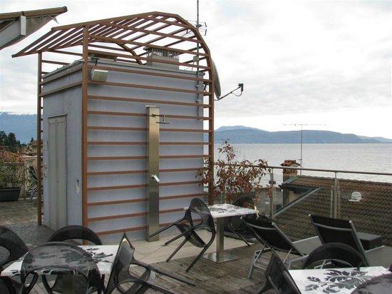 Atelier Hotel: La doccia in terrazza