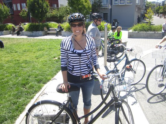 Streets of San Francisco Bike Tours : starting out...nice bikes!