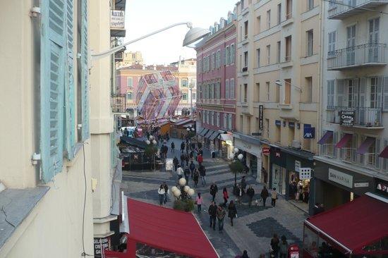 Ajoupa Apart'hotel Nice : Vista dal balcone