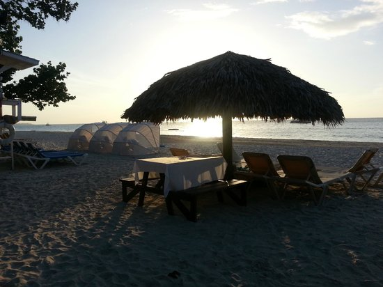 Beaches Negril Resort & Spa : Beach view