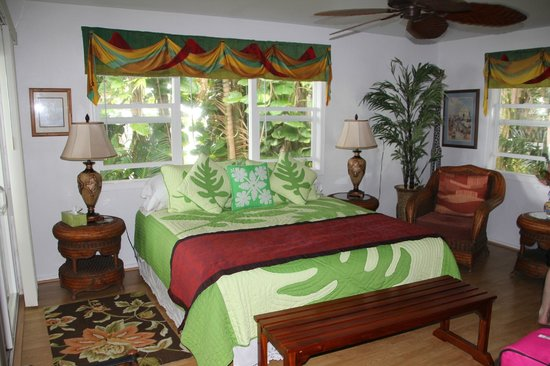 The Bay House : King size bed.