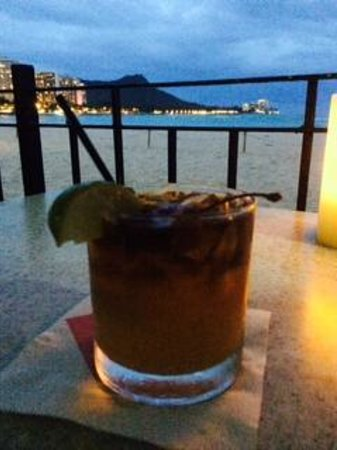 The Royal Hawaiian, a Luxury Collection Resort: Mai Tai at the Royal Hawaiian Mai Tai Bar