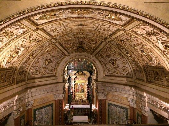 Santuario Basilica La Consolata: Intérieur