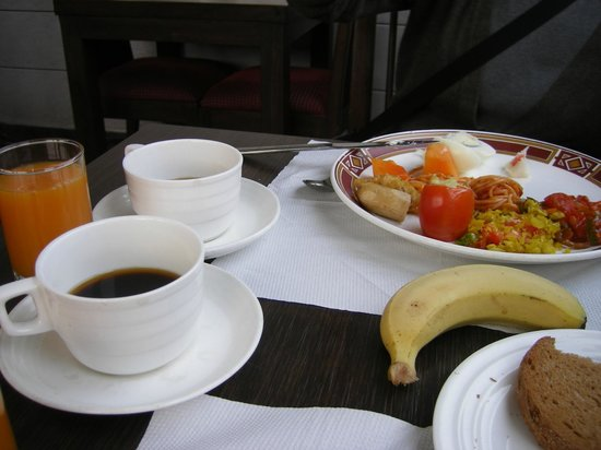 Grand Godwin Hotel: breakfast buffet