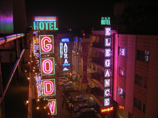 Grand Godwin Hotel: rooftop view of the Godwin sign