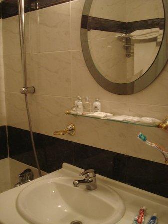 Hotel Cuatro Reyes: Habitación Standard