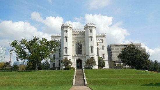 The Old Governor's Mansion: Louisiana's Old State Capital -- aka The Castle