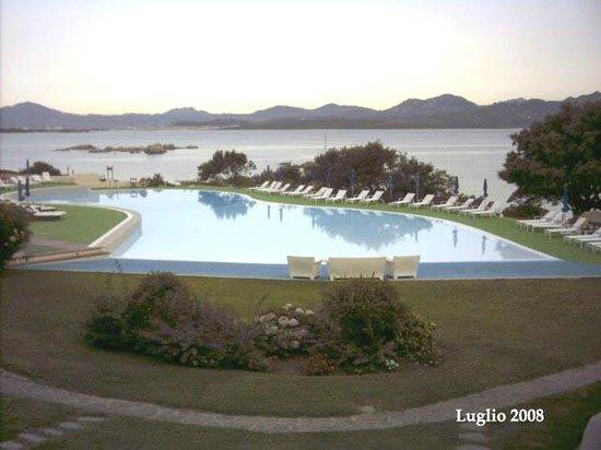 Hotel Cala Cuncheddi : Vista al tramonto dalla nostra camera