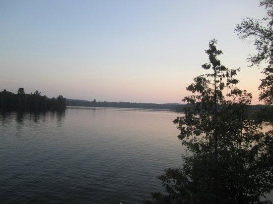 Lang Lake Resort : View of lake during sunset