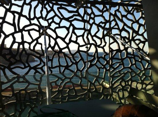 Mucem: La rade vue de la terrasse
