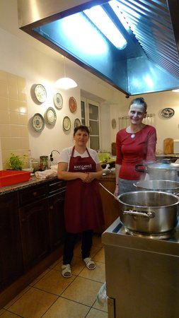 Kania Lodge: In the kitchen with Anna