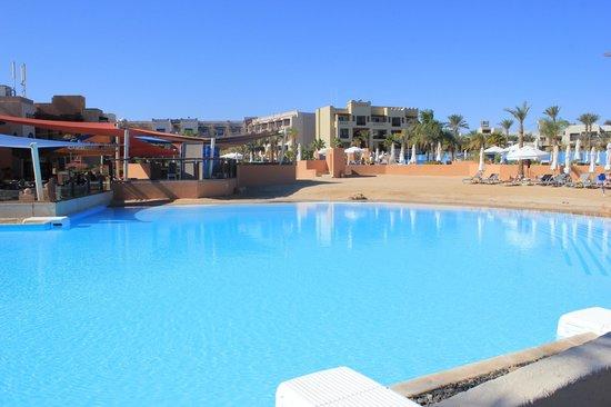 Siva Port Ghalib : piscina