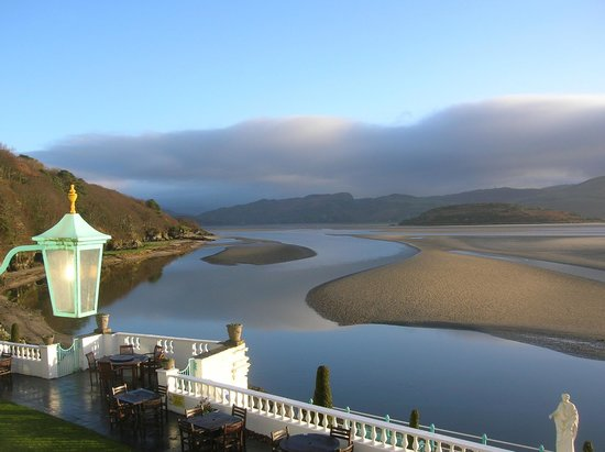 Hotel Portmeirion: Day view from room