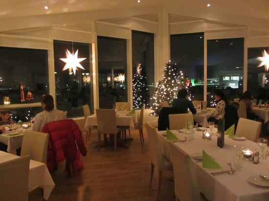 Northern Light Inn: Dining room