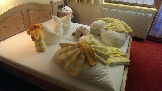 Sport Vital Hotel Central : Bettenkunstwerk