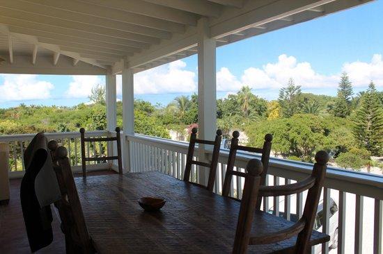 Atlantic Ocean Beach Villas : View from Jasmine Villa porch