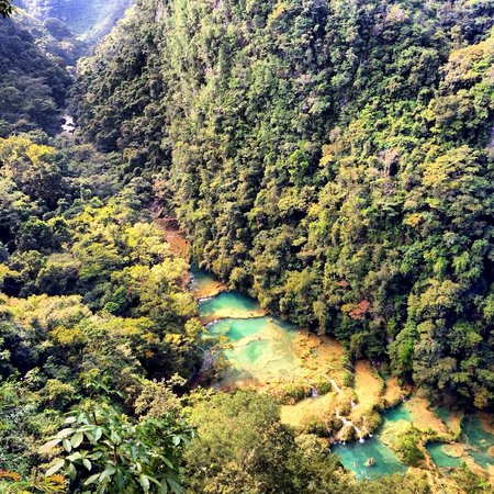 Utopia Eco Hotel : Semuc Champay pools (not visible from hotel)