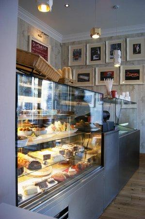 Di Marco Caffe: Italian cakes