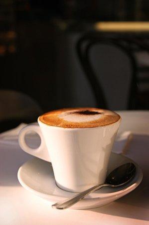 Di Marco Caffe: Real Italian coffee