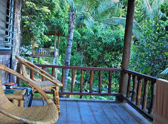 Railay Garden View Resort: front deck of bungalow