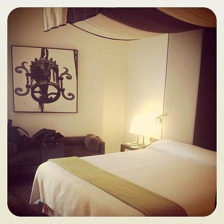 NH Collection Santiago de Compostela: La habitación