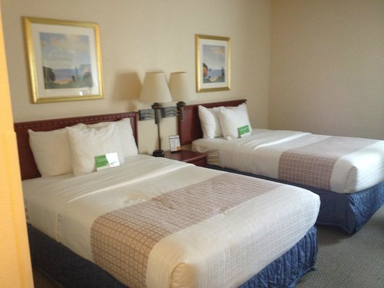 La Quinta Inn & Suites Miami Airport East: Camas Full