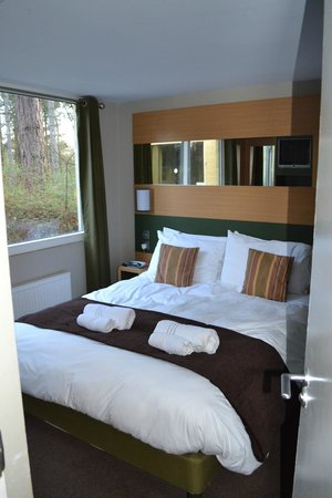 Main Bedroom In New Style Woodland Lodge Picture Of Center Parcs Sherwood Forest Rufford Tripadvisor
