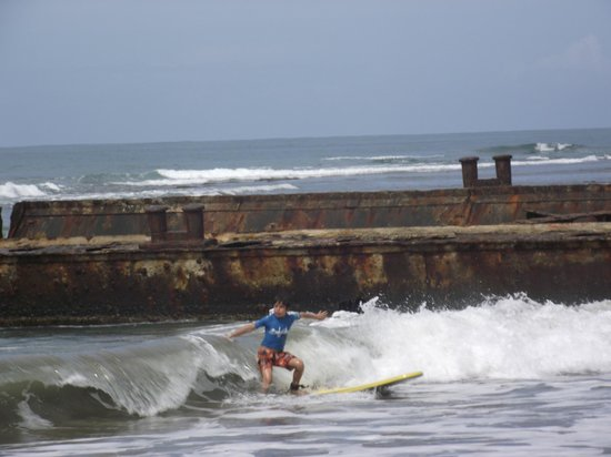 Puerto Viejo Beach : BEGINNER SURFERS 2