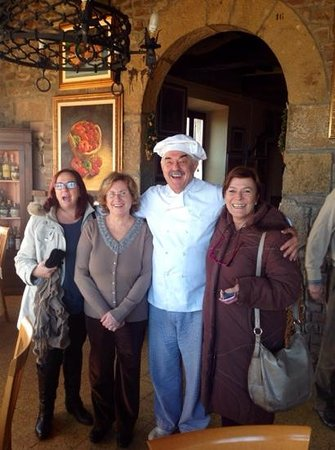 Ristorante Taverna del Falconiere: l'allegria non e'un opzional !!!!!