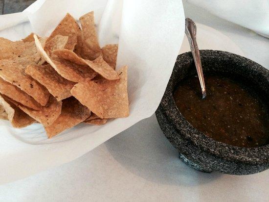 La Alianza: Fresh Tortilla Chips & Salsa Verde