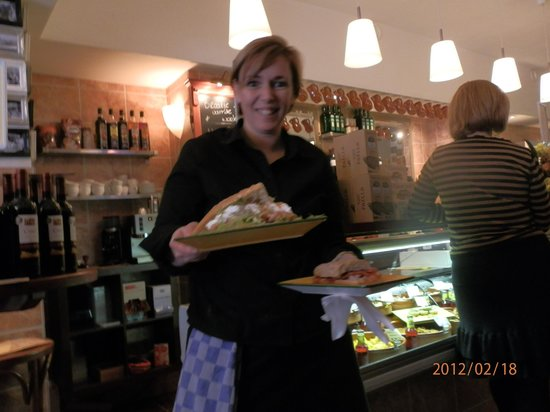 Jamon jamon delicatessen: Great food, great service - always with a smmile!!!