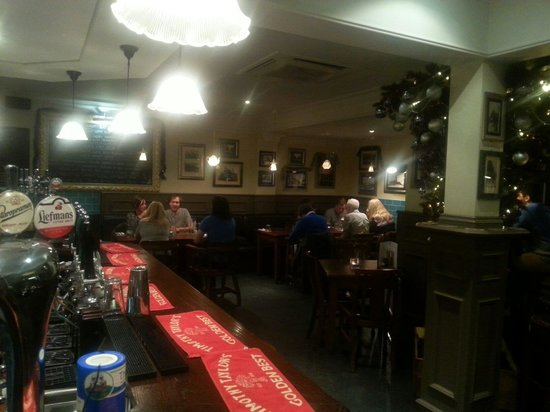 Town Hall Tavern : Enjoy the atmosphere