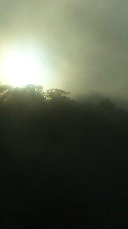 Peace Lodge: Fog rolling over sun