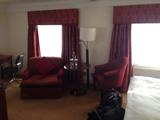 Hilton Puckrup Hall, Tewkesbury: August room