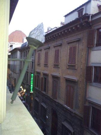 B4 Astoria Firenze: vista-posizione