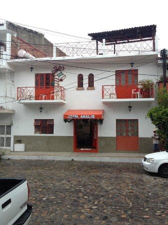 Hotel Ana Liz : Street View of Ana Liz