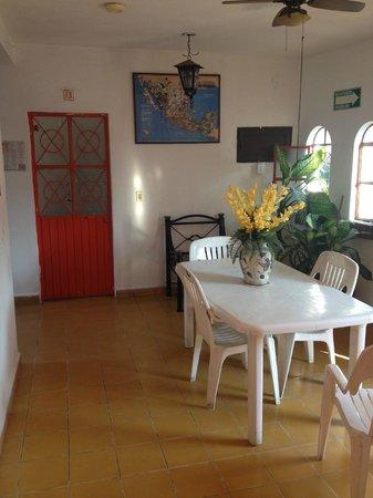 Hotel Ana Liz : Wi-Fi Guest Lounge